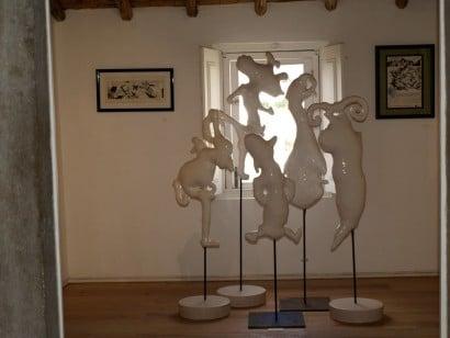 conjunto de esculturas